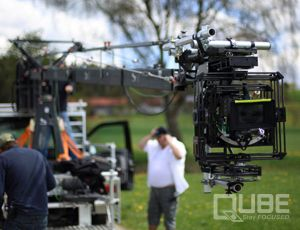 QUBE 3 axis stabilized head